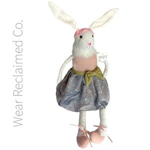 🆕 Weighted Easter Bunny Decor